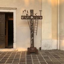 Arms of Christ cross